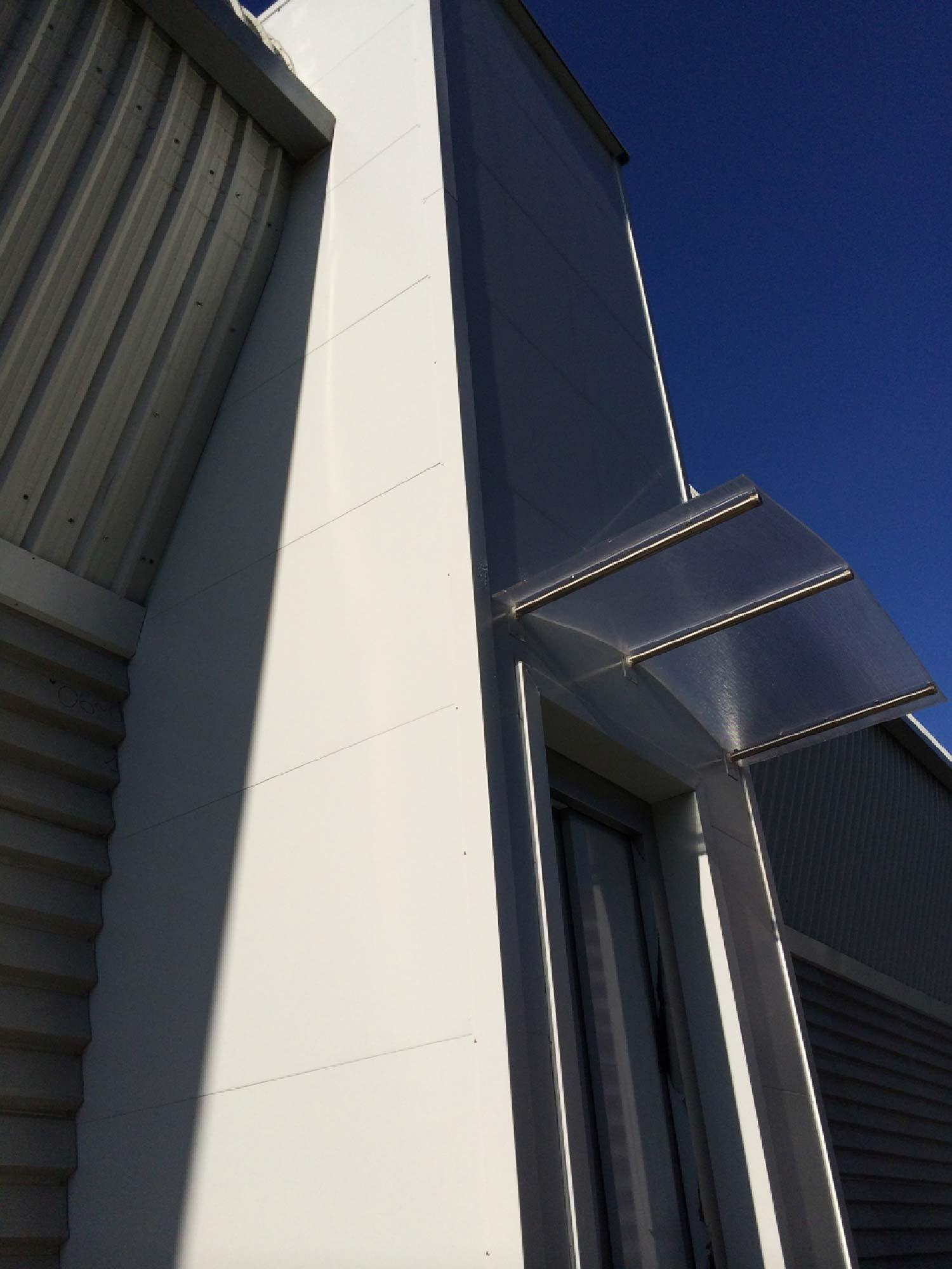 Instalación de ascensor en el campo de Fútbol de Astrabudua
