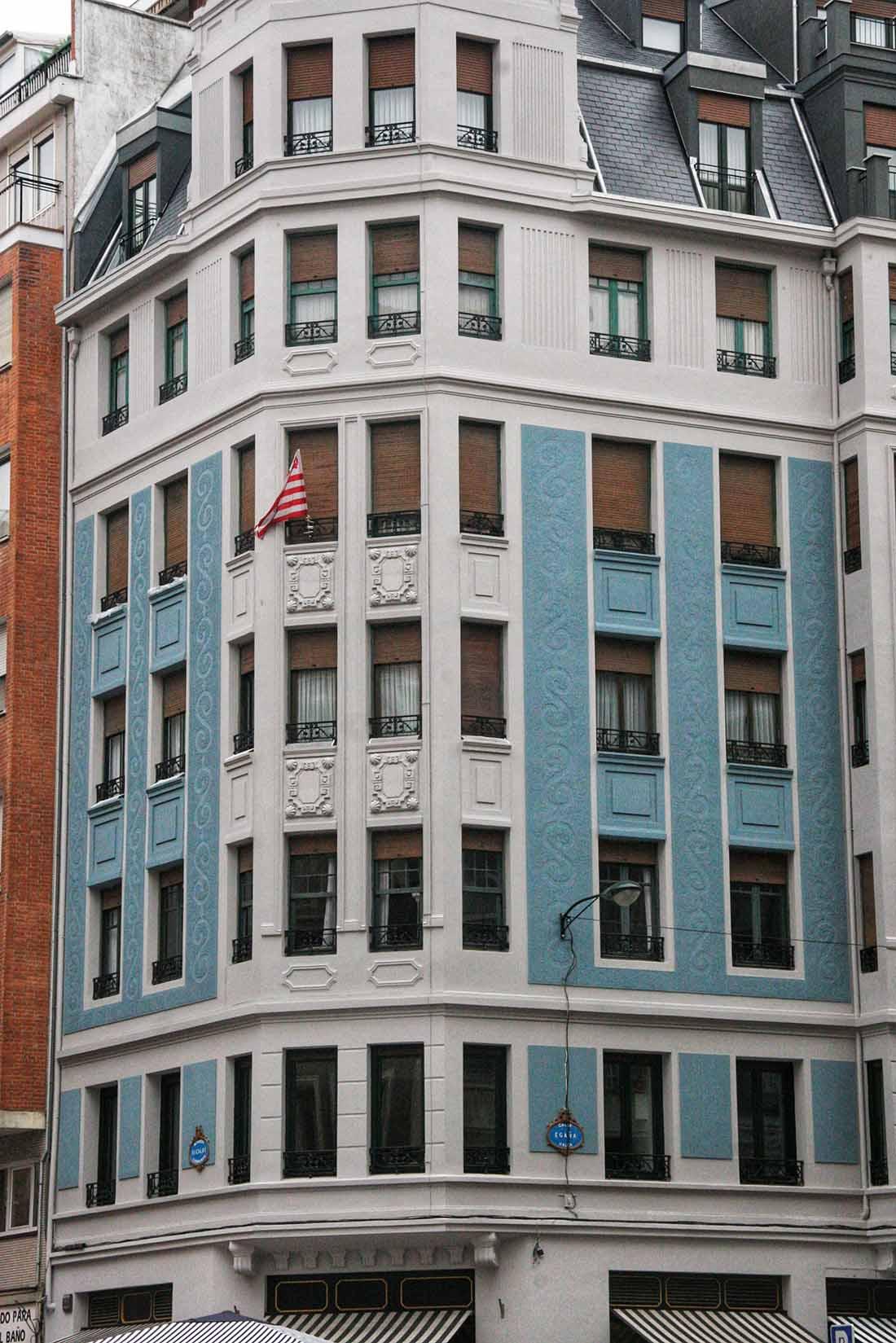 Rehabilitacion fachada edificio en la calle Egana de Bilbao 4