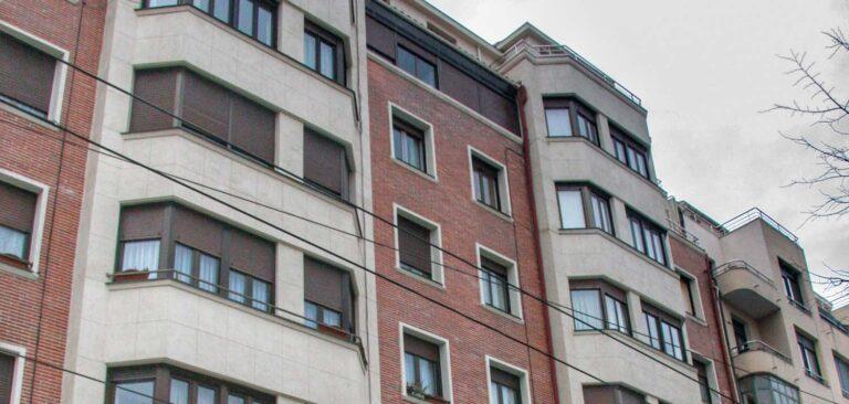 Rehabilitación de eficiencia energética de edificio en Sabino Arana, Bilbao