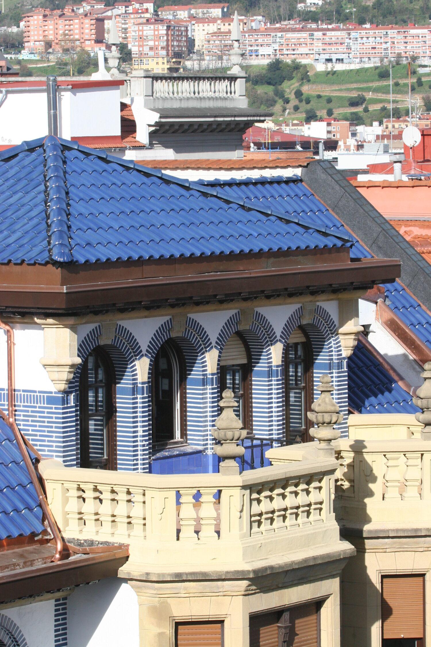 Rehabilitación del edificio y la cubierta de Los Aldeanos