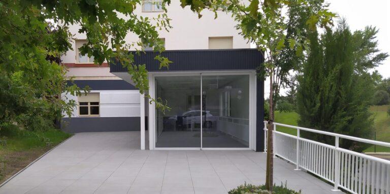 Nueva terraza y marquesina para porche en el centro IFAS de Gallarta